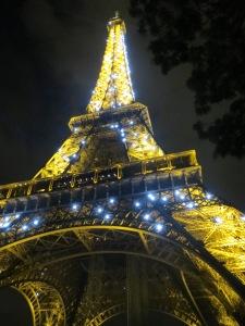 Välkehtivä ilta-Eiffel