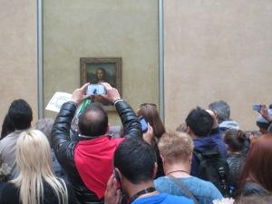 Kuka katsoo Mona Lisaa?