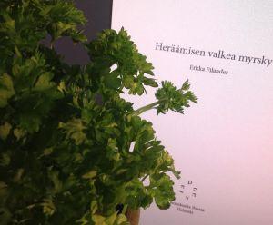 Vehreää runoutta. Poesia tarjoaa kotisivuillaan teoksiaan luettaviksi PDF-muodossa.