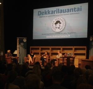 Dekkarilauantainäkymä: estradilla Hurma, Hämeen-Anttila ja Anttila