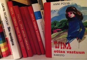 Lapsuuteni kirjahyllyn kulmilla