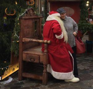 Joulupukin syli on avoin
